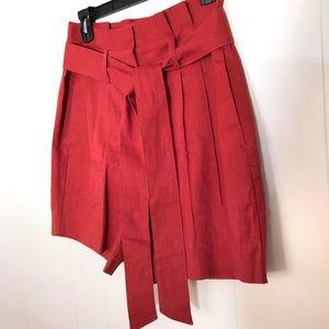 Boden St. Ives Paperbag Shorts in Conker
